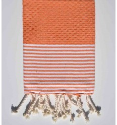 Serviette de table orange avec rayures