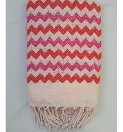 Fouta zigzag blanc crème, rouge et rose