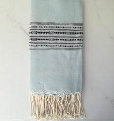 Fouta thalasso bleu avec motifs bleu noir