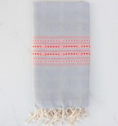 Fouta thalasso bleu fumée avec motifs rouge anglais