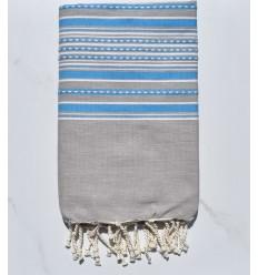 Fouta arabesque taupe clair avec rayures bleu
