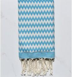 Fouta zigzag bleu azur et blanc crème