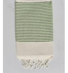 Fouta plate blanc cassé avecc lurex vert clair