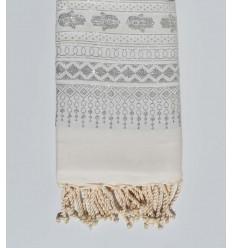 Fouta khomsa blanche au fil lurex argenté