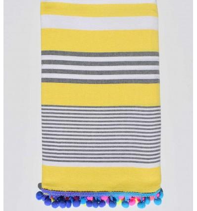 Serviette de plage jaune rayée blanc et gris